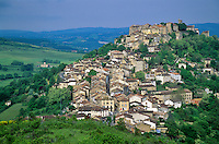 Hilltop town of Cordes Sur Ciel above the Cerou Valley, Tarn District of southwestern France, AGPix_0109.