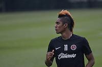 SAO PAULO, 11 DE MARCO DE 2013 - TREINO TIHUANA - O jogador do Tihuana Fidel Martinez durante treino no CT do Sao Paulo, na Barra Funda, regiao oeste, na tarde desta segunda feira, 11. (FOTO: ALEXANDRE MOREIRA / BRAZIL PHOTO PRESS)