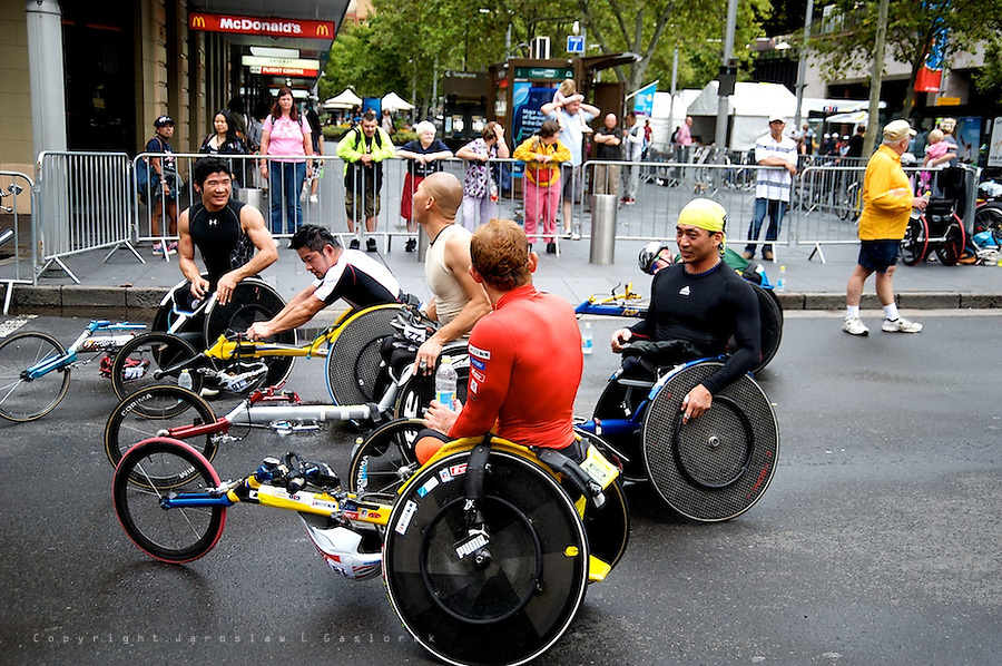 The GIO Oz Day 10K is the iconic wheelchair race around The Rocks which kicks off Australia Day celebrations on Sydney's foreshore.