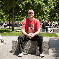 HSUL 20140530 United States, New York. Visitors at the 9/11 Memorial. Jesse Granius. Photographer: David Brabyn
