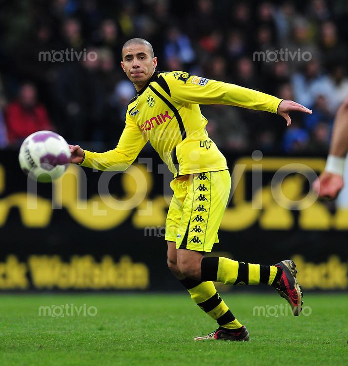 FUSSBALL  1. BUNDESLIGA   SAISON 2009/2010  26. SPIELTAG VfL Bochum - Borussia Dortmund                           13.03.2010 Mohamed ZIDAN (Borussia Dortmund) Einzelaktion am Ball