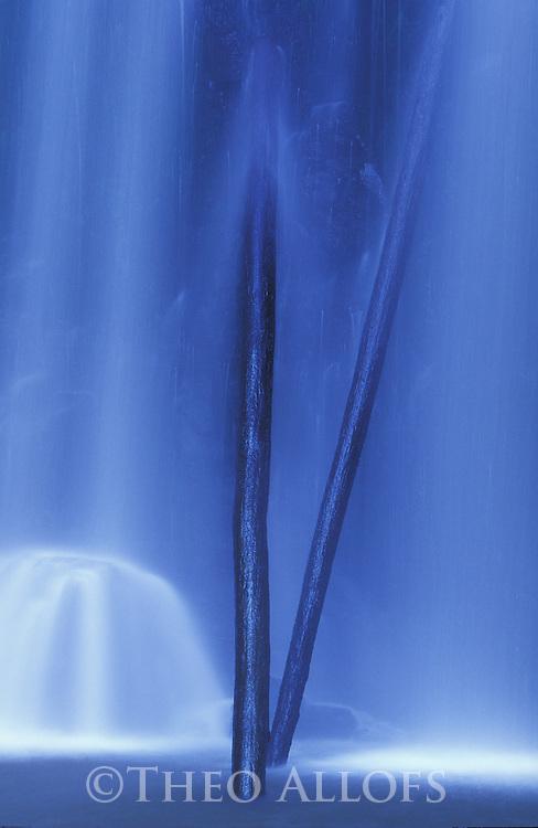 Australia, Victoria,; Waterfall in Otway Ranges, Great Ocean Road