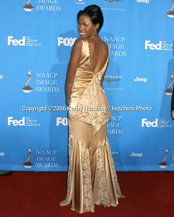 Jill Marie Jones.37th NAACP Image Awards.Shrine Auditorium.Los Angeles, CA.February 25, 2006.©2006 Kathy Hutchins / Hutchins Photo....