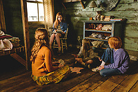 The Glass Castle (2017) <br /> Ella Anderson, Charlie Shotwell, Sadie Sink &amp; Eden Grace Redfield<br /> *Filmstill - Editorial Use Only*<br /> CAP/KFS<br /> Image supplied by Capital Pictures