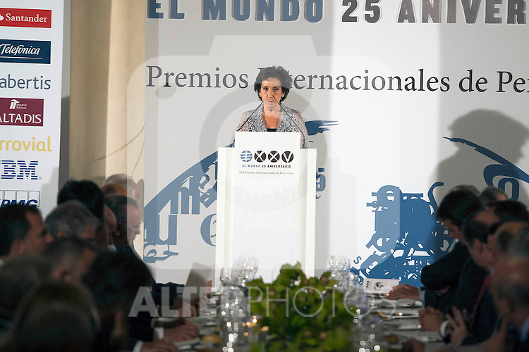King Felipe of Spain and Queen Letizia of Spain attend 'XIII EDICI&Oacute;N DE LOS PREMIOS INTERNACIONALES DE PERIODISMO 2013 Y CONMEMORACI&Oacute;N DEL 25&ordm; ANIVERSARIO DEL DIARIO &ldquo;EL MUNDO&quot; at The Westin Palace Hotel. <br /> <br /> October 20, 2014. (ALTERPHOTOS/Emilio Cobos)
