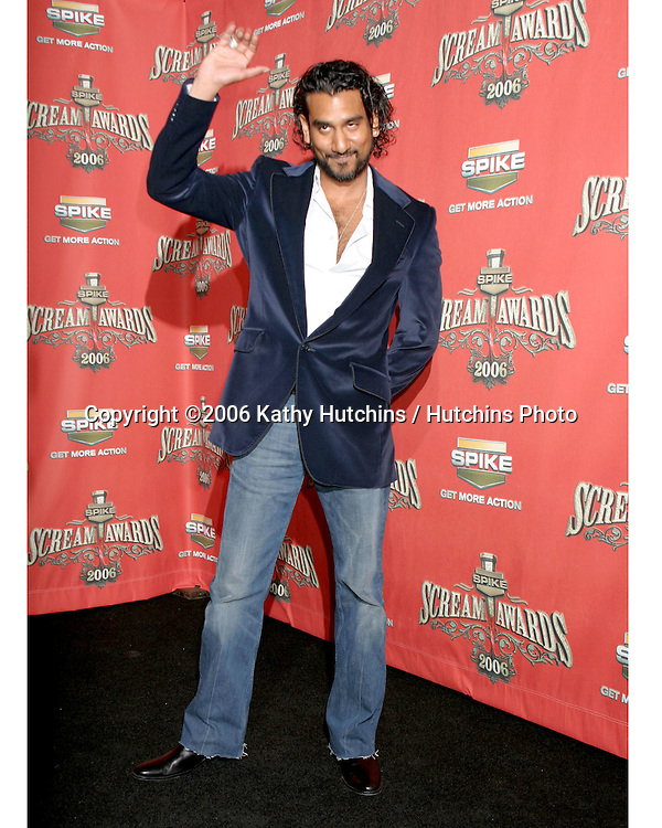 .Spike TV presents the Scream Awards.Pantages Theater.Los Angeles, CA.October 7 , 2006.©2006 Kathy Hutchins / Hutchins Photo....                 Naveen Andrews.Spike TV presents the Scream Awards.Pantages Theater.Los Angeles, CA.October 7 , 2006.©2006 Kathy Hutchins / Hutchins Photo....