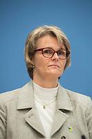 Bundesgesundheitsminister Jens Spahn (CDU) und Bundesforschungsministerin Anja Karliczek (CDU, (im Bild)) stellten am Dienstag den 29. Januar 2019 in Berlin die &quot;Nationale Dekade gegen Krebs&quot; vor. Ziel sei, &quot;Krebserkrankungen moeglichst verhindern, Heilungschancen durch neue Therapien verbessern, Lebenszeit und -qualitaet von Betroffenen erhoehen&quot;.<br /> 29.1.2019, Berlin<br /> Copyright: Christian-Ditsch.de<br /> [Inhaltsveraendernde Manipulation des Fotos nur nach ausdruecklicher Genehmigung des Fotografen. Vereinbarungen ueber Abtretung von Persoenlichkeitsrechten/Model Release der abgebildeten Person/Personen liegen nicht vor. NO MODEL RELEASE! Nur fuer Redaktionelle Zwecke. Don't publish without copyright Christian-Ditsch.de, Veroeffentlichung nur mit Fotografennennung, sowie gegen Honorar, MwSt. und Beleg. Konto: I N G - D i B a, IBAN DE58500105175400192269, BIC INGDDEFFXXX, Kontakt: post@christian-ditsch.de<br /> Bei der Bearbeitung der Dateiinformationen darf die Urheberkennzeichnung in den EXIF- und  IPTC-Daten nicht entfernt werden, diese sind in digitalen Medien nach &sect;95c UrhG rechtlich geschuetzt. Der Urhebervermerk wird gemaess &sect;13 UrhG verlangt.]
