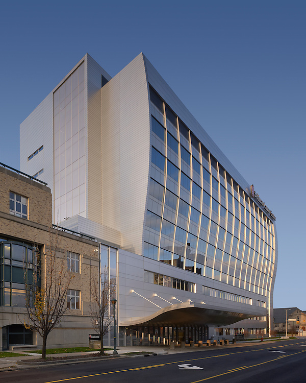 Seidman Cancer Center | Architects: Cannon Design