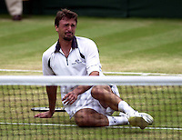 "WIMBLEDON CHAMPIONSHIPS 2001 09/07/01 MENS FINAL GORAN IVANISEVIC (CROATIA) V PAT RAFTER GORAN IVANISEVIC IN TEARS AS HE WINS WIMBLEDON AS A ""WILD CARD"" PHOTO ROGER PARKER"