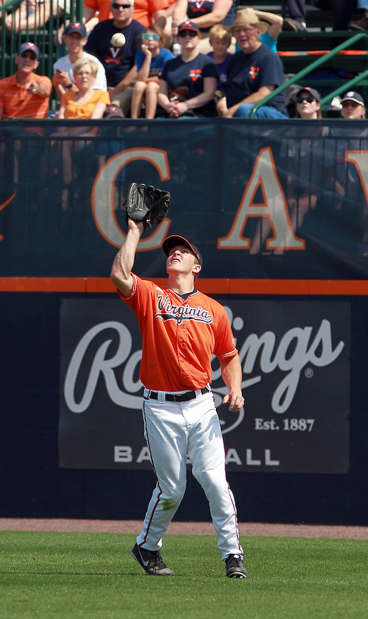 Virginia outfielder Joe McCarthy (31) makes a catch during the game against Clemson Sunday at Davenport Field in Charlottesville, VA. Photo/Daily Progress/Andrew Shurtleff