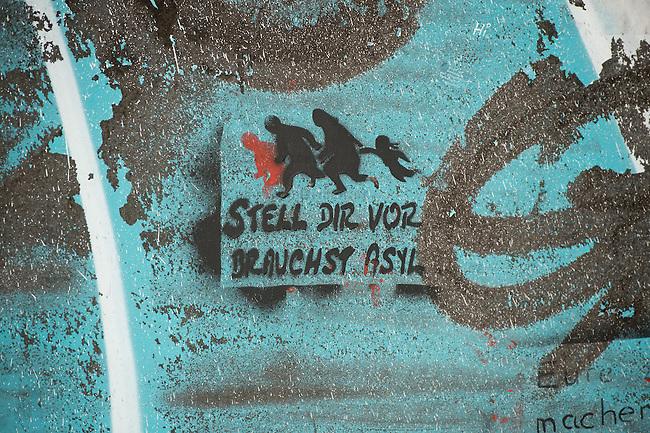 Grafitty &quot;Imagine you need Asylum&quot;.<br /> 13.2.2015, Dresden<br /> Copyright: Christian-Ditsch.de<br /> [Inhaltsveraendernde Manipulation des Fotos nur nach ausdruecklicher Genehmigung des Fotografen. Vereinbarungen ueber Abtretung von Persoenlichkeitsrechten/Model Release der abgebildeten Person/Personen liegen nicht vor. NO MODEL RELEASE! Nur fuer Redaktionelle Zwecke. Don't publish without copyright Christian-Ditsch.de, Veroeffentlichung nur mit Fotografennennung, sowie gegen Honorar, MwSt. und Beleg. Konto: I N G - D i B a, IBAN DE58500105175400192269, BIC INGDDEFFXXX, Kontakt: post@christian-ditsch.de<br /> Bei der Bearbeitung der Dateiinformationen darf die Urheberkennzeichnung in den EXIF- und  IPTC-Daten nicht entfernt werden, diese sind in digitalen Medien nach &sect;95c UrhG rechtlich geschuetzt. Der Urhebervermerk wird gemaess &sect;13 UrhG verlangt.]