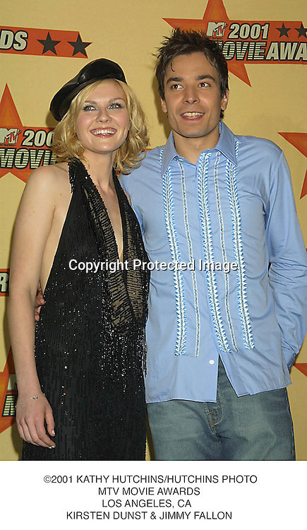 ©2001 KATHY HUTCHINS/HUTCHINS PHOTO.MTV MOVIE AWARDS.LOS ANGELES, CA  .KIRSTEN DUNST & JIMMY FALLON