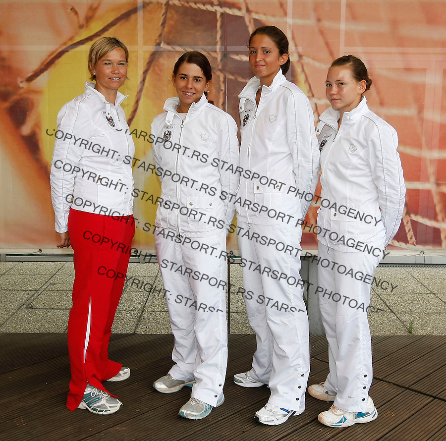 Tenis, World Championship U-14.Official team photo.Austria girls team.from left, Petra Russegger, Julia Grabher, Elba Kasum and Jaqueline Zagler.Prostejov, 03.08.2010..foto: Srdjan Stevanovic/Starsportphoto ©