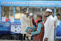 Roma, 12 Settembre 2016<br /> Giovanissimi Iman preparano la Preghiera<br /> Largo Preneste, Tor Pignattara<br /> Festa di Eid al-kabir, islamici in Piazza pregano in piazza duranete la festa del sacrificio.<br /> <br /> Muslims Celebrate Eid Al-Adha in Rome