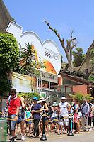 ATENCAO EDITOR FOTO EMBARGADA PARA VEICULO INTERNACIONAL - RIO DE JANEIRO, RJ, 27 DE OUTUBRO DE 2012 - Comemoração dos 100 anos do bondinho do Pão-de-Açúcar, no Rio de Janeiro. FOTO: ISABELA CATÃO / BRAZIL PHOTO PRESS.