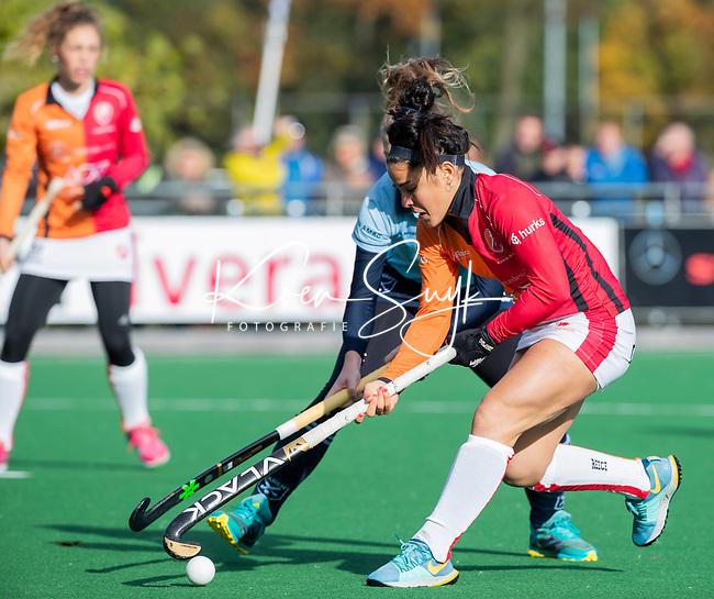 Laren - Maria Jose Granatto (OR) tijdens de Livera hoofdklasse  hockeywedstrijd dames, Laren-Oranje Rood (1-3).  COPYRIGHT KOEN SUYK