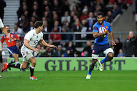 Noa Nakaitaci of France runs in a try