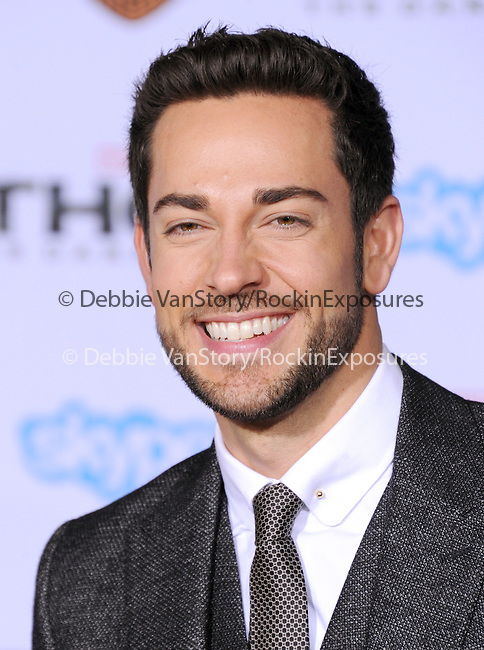 Hollywood, CA - NOVEMBER 04: Zachary Levi arrives to Marvel's  THOR: THE DARK WORLD Premiere held at El Capitan Theatre in Hollywood, California on November 04,2012                                                                               © 2013 Hollywood Press Agency