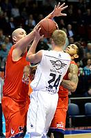 GRONINGEN - Basketbal, Donar - New Heroes, Martiniplaza,  Dutch Basketball League, seizoen 2017-2018, 03-12-2017,  Donar speler Evan Bruinsma met Den Bosch speler Nick Oudendag