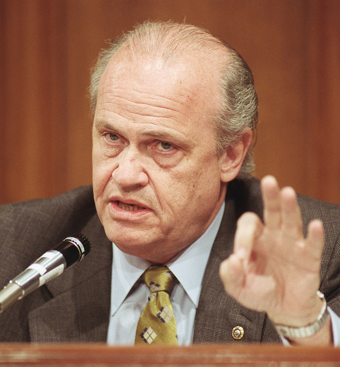 5/17/00.CHINA TRADE--Sen. Fred Thompson, R-Tenn.,  during the Senate Finance markup on permanent normal trade relations with China. .CONGRESSIONAL QUARTERLY PHOTO BY SCOTT J. FERRELL