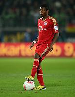 FUSSBALL   1. BUNDESLIGA   SAISON 2012/2013    22. SPIELTAG VfL Wolfsburg - FC Bayern Muenchen                       15.02.2013 David Alaba (FC Bayern Muenchen) Einzelaktion am Ball