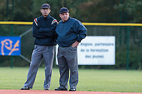 24 October 2010: Second base Paul Nguyen talks to Fabien Carette-Legrand during Rouen 5-1 win over Savigny, during game 4 of the French championship finals, in Rouen, France.
