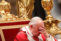 Papa Francesco prega durante la Messa per la solennita' dei Santi Pietro e Paolo, nella Basilica di San Pietro, Citta' del Vaticano, 29 giugno 2013.<br /> Pope Francis prays during the Mass for the Saints Peter and Pauls' day in St. Peter's Basilica at the Vatican, 29 June 2013.<br /> UPDATE IMAGES PRESS/Riccardo De Luca<br /> <br /> STRICTLY ONLY FOR EDITORIAL USE
