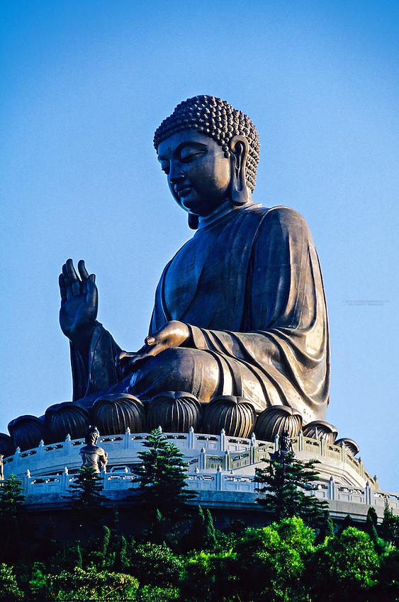 Tian Tan Giant Buddha (world's largest seated outdoor bronze Buddha), Po Lin Monastery, Lantau Island, Hong Kong, China