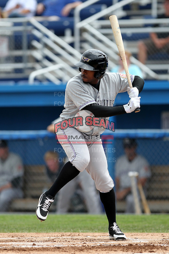 Louisville Bats third baseman Willie Harris #1 during a game against the Empire State Yankees at Dwyer Stadium on June 12, 2012 in Batavia, New York.  Empire State defeated Louisville 9-7.  (Mike Janes/Four Seam Images)