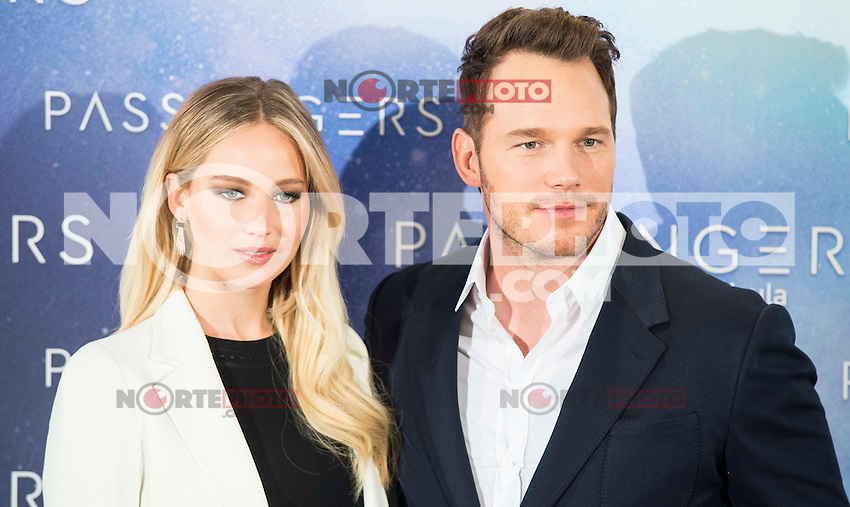 """Americans actress Jennifer Lawrence and actor Chris Pratt attends to the presentation of the american film """"Passengers"""" at Hotel Villa Magna in Madrid, Spain. November 30, 2016. (ALTERPHOTOS/BorjaB.Hojas) /NORTEPHOTO.COM"""