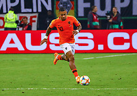 Memphis Depay (Niederlande) - 06.09.2019: Deutschland vs. Niederlande, Volksparkstadion Hamburg, EM-Qualifikation DISCLAIMER: DFB regulations prohibit any use of photographs as image sequences and/or quasi-video.