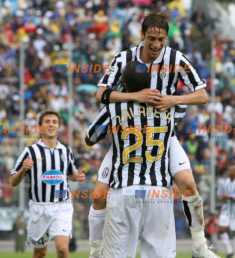 Marcelo Zalayeta celebrates after scoring with Claudio Marchisio (Juventus) <br /> Esultanza di Marcelo Zalayeta e Claudio Marchisio dopo il primo gol<br /> Italian &quot;Serie B&quot; 2006-2007 <br /> 1 May 2007 (Match Day 31)<br /> Frosinone Juventus (0-2)<br /> &quot;Matusa&quot; Stadium-Frosinone-Italy<br /> Photographer:Andrea Staccioli INSIDE