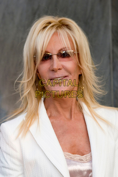 JOAN VAN ARK .CBS Summer 2005 Press Tour Party Arrivals held at the Hammer Museum, Westwood, California.  .July 19th, 2005.Photo Credit: Zach Lipp/AdMedia.headshot portrait sunglasses shades.www.capitalpictures.com.sales@capitalpictures.com.© Capital Pictures.
