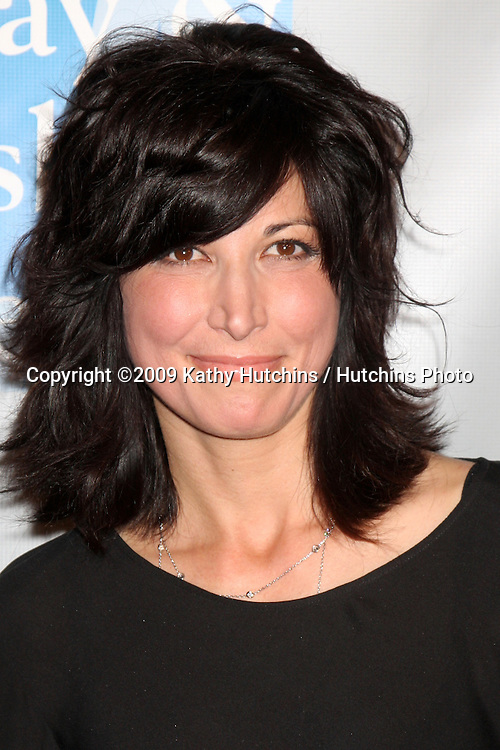 """Elizabeth Keener with guest arriving at the Gay & Lesbian Center """"An Evening With Women"""" Gala at the Beverly Hilton Hotel in Beverly Hills, California on April 24, 2009.©2009 Kathy Hutchins / Hutchins Photo....                ."""