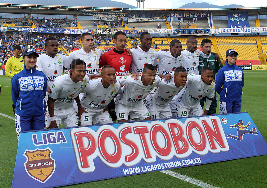 BOGOTA -COLOMBIA. 02-02-2014. Formacion de La Equidad  contra  Millonarios  durante el partido por la segunda fecha de La liga Postobon 1 disputado en el estadio El Campin. / <br />  The team Equidad against Millonarios during the match for the second date of the Postobon one league played at El Campin.  Stadium Photo: VizzorImage/ Felipe Caicedo / Staff