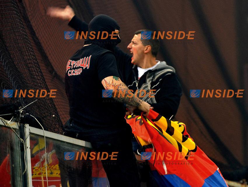 I disordini dei tifosi serbi Ivan Bogdanov<br /> Italia Serbia - Qualificazioni Euro 2012<br /> Stadio Luigi Ferraris di Marassi, Genova, 12/10/2010<br /> &copy; Giorgio Perottino / Insidefoto