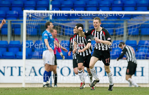 St Johnstone v Dunfermline....25.02.12   SPL.Paul Burns celebrates his goal.Picture by Graeme Hart..Copyright Perthshire Picture Agency.Tel: 01738 623350  Mobile: 07990 594431