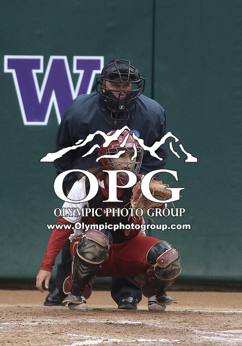 28 May 2010:  Oklahoma catcher Lindsey Vandever sets up behind the plate against Washington.  Washington defeated Oklahoma 3-0 in the second game of the NCAA Super Regional at Husky Softball Stadium in Seattle, WA.