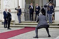 Roma, 19 Maggio 2014<br /> Il Presidente del Consiglio dei Ministri, Matteo Renzi, ha incontrato a Villa Doria Pamphilj il Primo Ministro della Repubblica di Polonia, Donald Tusk. <br /> Renzi , Tusk e il fotografo di Renzi<br /> The President of the Council of Ministers, Matteo Renzi, met at Villa Doria Pamphili, the Prime Minister of the Republic of Poland, Donald Tusk.