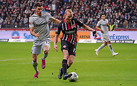 Sebastian Rode (Eintracht Frankfurt) klärt gegen Lucas Alario (Bayer Leverkusen) - 18.10.2019: Eintracht Frankfurt vs. Bayer 04 Leverkusen, Commerzbank Arena, <br /> DISCLAIMER: DFL regulations prohibit any use of photographs as image sequences and/or quasi-video.