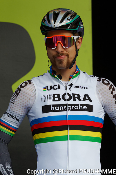 Montreal, Canada. 10/09/2017. Peter Sagan of Slovakia, rider for UCI World Team Bora-Hansgrohe poses for photographers at the Grand Prix Cycliste race in Montreal.
