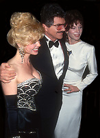 Lonnie Anderson Burt Reynolds Marilu Henner 1993<br /> Photo By John Barrett/PHOTOlink