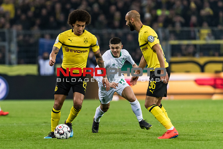 05.02.2019, Signal Iduna Park, Dortmund, GER, DFB-Pokal, Achtelfinale, Borussia Dortmund vs Werder Bremen<br /> <br /> DFB REGULATIONS PROHIBIT ANY USE OF PHOTOGRAPHS AS IMAGE SEQUENCES AND/OR QUASI-VIDEO.<br /> <br /> im Bild / picture shows<br /> Axel Witsel (Dortmund #28), Milot Rashica (Werder Bremen #11), Ömer / Oemer Toprak (Dortmund #36), <br /> <br /> Foto © nordphoto / Ewert