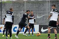 SAO PAULO, SP 24 SETEMBRO 2013 - TREINO CORINTHIANS - O jogador Douglas durante o treino de hoje, 24, no Ct. Dr. Joaquim Grava.. foto: Paulo Fischer/Brazil Photo Press.