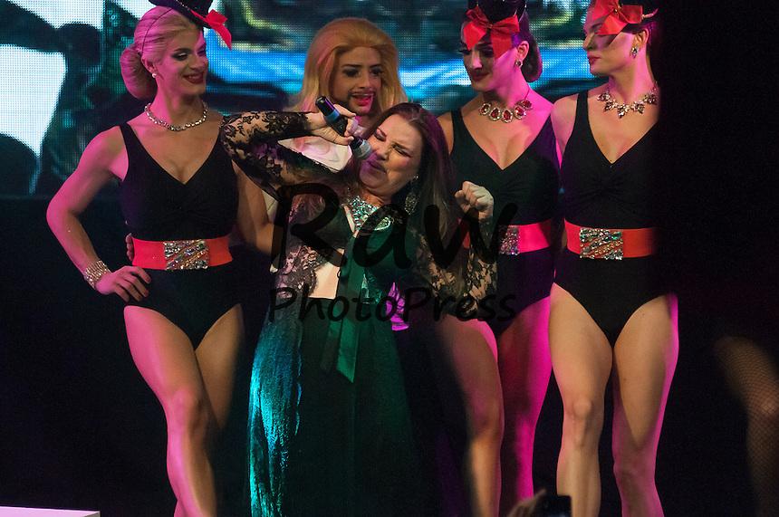 Mar&iacute;a Jos&eacute; Cantudo ha participado en el espect&aacute;culo 'Que Trabaje Rita' en Madrid.<br /> <br /> Mar&iacute;a Jos&eacute; Cantudo has performed in 'Que Trabaje Rita' show in Madrid.