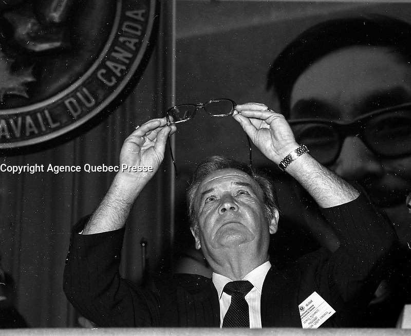 FILE PHOTO  - Canadian labour Congress - Conseil du Travail du  Canada convention, May 29,1984<br /> <br /> <br /> <br /> MANDATORY CREDIT <br /> PHOTO :  Pierre Roussel - Agence Quebec Presse