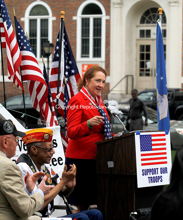WATERBURY, CT - 29 JULY 2017 - 072917JW06.jpg -- Rep. Elizabeth H. Esty, D-5th District talks about honoring the soldiers of the Korean War during the Korean War Remembrance Day Ceremony Saturday morning on the Waterbury Green.  Jonathan Wilcox Republican-American