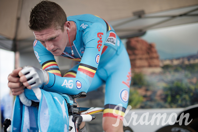 Jurgen Van den Broeck (BEL/Lotto-Soudal) warming up<br /> <br /> Elite Men TT<br /> UCI Road World Championships / Richmond 2015