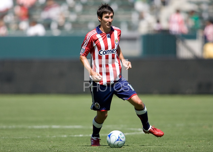 Chivas USA midfielder Sacha Kljestan moves  the ball. Chivas USA defeated the New England Revolution 2-0 at Home Depot Center stadium in Carson, California on Sunday September 13, 2009...