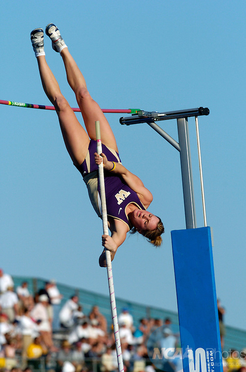 11 JUNE 2005: Kate Soma of Washington competes in the women's pole vault competition during the Division 1 Track and Field Championship held at the Alex G. Spanos Sports Complex in Sacramento, CA. Soma won the competition with a jump of 4.30m. Rich Clarkson/NCAA Photos